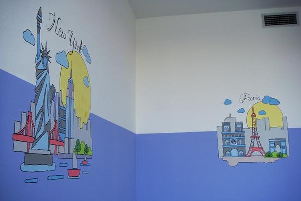new-york-paris-wall-painting-207474B1F-61E6-5996-7DD3-1A12C850E542.jpg